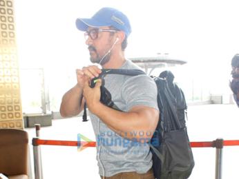 Aamir Khan departs for final shoot of 'Dangal' in Punjab
