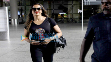 Bipasha Basu snapped at the airport returning from Bangalore