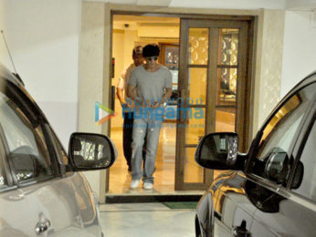Shah Rukh Khan snapped in Bandra