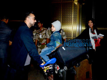 Shilpa Shetty & family depart for holiday abroad