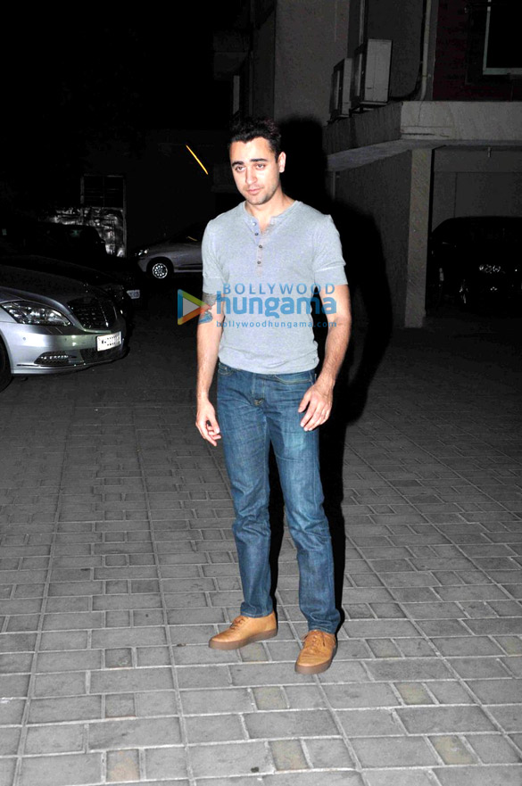 Imran Khan, Swara Bhaskar, Siddhanth Kapoor & others snapped at Sonam Kapoor's birthday party