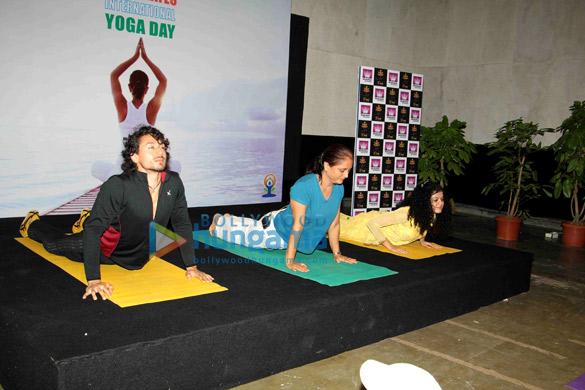 Subhash Ghai & Tiger Shroff celebrate 2nd International Yoga Day