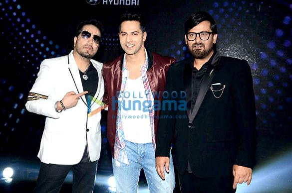 Varun Dhawan promotes 'Dishoom' on Sa Re Ga Ma Pa