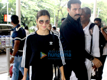 Alia Bhatt leaves to shoot for Jai Jawan at the Indian border