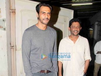 Arjun Rampal snapped with Nishikant Kamat post 'Madaari' screening