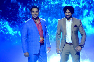 Harbhajan Singh & Shoaib Akhtar at the launch of 'Mazak Mazak Me'