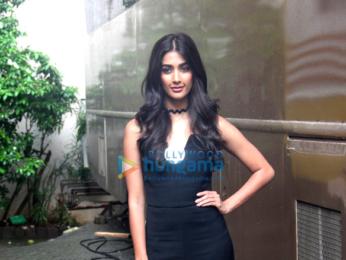 Hrithik Roshan & Pooja Hegde snapped at 'Mohenjo Daro's promotions