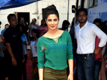 Priyanka Chopra & Arpita Khan spotted at Mehboob Studio