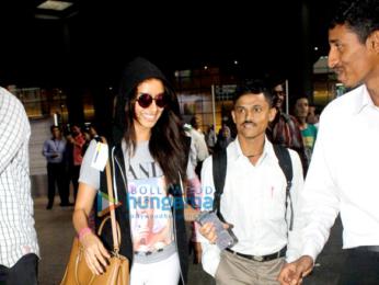 Shraddha Kapoor returns from 'Half Girlfriend' shoot in Delhi