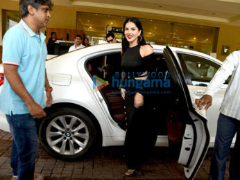 Sunny Leone launches Manforce's special calendar