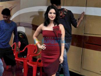 Sunny Leone snapped post an ad shoot