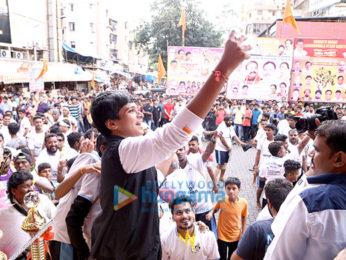 Ayush Khedekar visits dahi-handi pandal in Andheri to promote 'Ek Tha Hero'