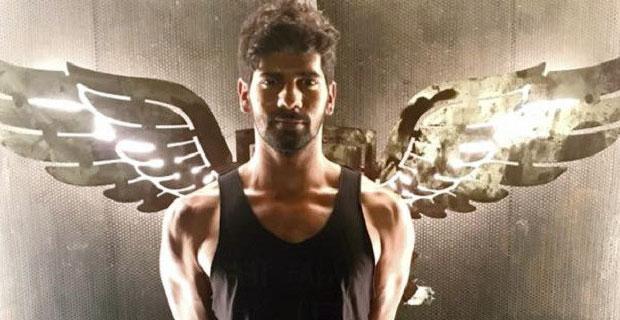 """I Want To Emulate Amazing Talents Like SRK, Hrithik, Akshay"": Karan Hariharan"