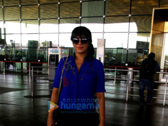 Madhuri Dixit, Shruti Haasan, Richa Chadda and others snapped at the airport
