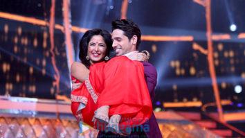 Sidharth Malhotra and Katrina Kaif snapped on sets of the Jhalak Dikhhla Jaa - Baar Baar Dekho Special