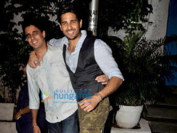 Sidharth Malhotra snapped with his brother post dinner at Olive