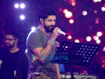 Farhan Akhtar, Arjun Rampal & Shraddha Kapoor snapped at 'Rock On!! 2' concert rehearsals