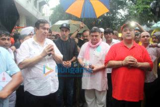 Ranbir Kapoor, Rishi Kapoor, Randhir Kapoor & Rajiv Kapoor snapped during Ganpati Visarjan at RK Studio