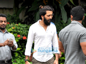 Riteish Deshmukh, GRiteish Deshmukh, Genelia Dsouza snapped with their son at 'Joggers Park', Bandraenelia Dsouza snapped with son at Joggers Park, Bandra