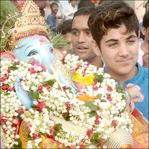 Check out: B-Town celebrates Ganeshotsav