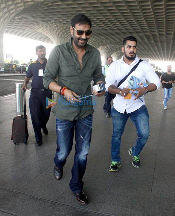 Ajay Devgn, Abhishek Bachchan and Alia Bhatt snapped at the airport