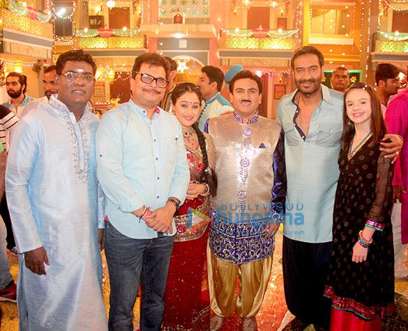 Ajay Devgn celebrates Diwali with the team of Taarak Mehta Ka Ooltah Chashmah