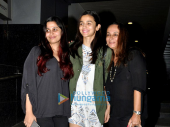Alia Bhatt snapped post family dinner at 'Hakkasan'