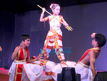 Anurag Basu graces Maitree Cultural Association's Third Edition of Sarbojanin Durgotsav