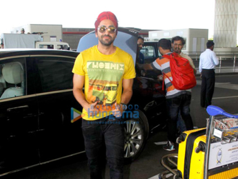 Parineeti Chopra & Ayushmann Khurrana depart for 'Meri Pyaari Bindu' shoot in Goa