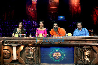 Baba Ramdev shows his dance skills on the sets of Super Dancer
