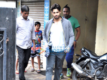 Sidharth Malhotra snapped post gym session
