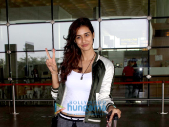 Tamannaah Bhatia, Huma Qureshi & Disha Patani & others snapped at the airport