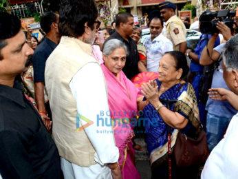 The Bachchan's grace the Durga Ashtami puja in Mumbai