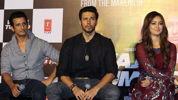 Wajah Tum Ho Trailer Launch With Sana Khan, Sharman Joshi & Others