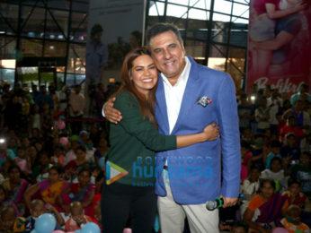Boman Irani & Esha Gupta grace CPAA & Carnival Cinemas' Children's Carnival for the cancer patient kids