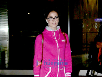 Elli Avram snapped at the domestic terminal