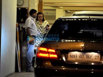 Karisma Kapoor & Babita Kapoor snapped in Bandra