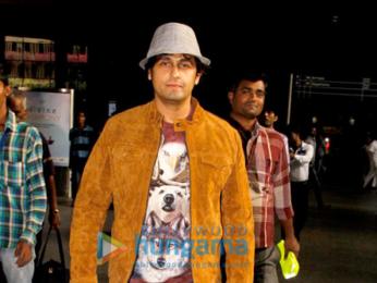 Shahid Kapoor, Mira Rajput, Arjun Kapoor, Parineeti Chopra & more snapped at the airport