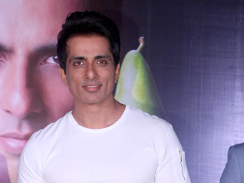 Sonu Sood graces the launch of the new fruit 'Belorta'