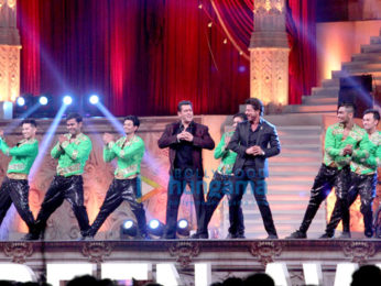 Celebs perform at 23rd Annual Star Screen Awards 2016