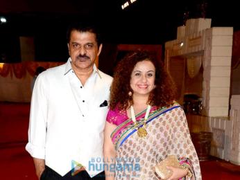 Daisy Shah, Shweta Rohira and others grace photographer Munna S' wedding