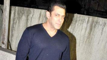 MUST WATCH Salman Khan Watches Aamir Khan's Dangal vid