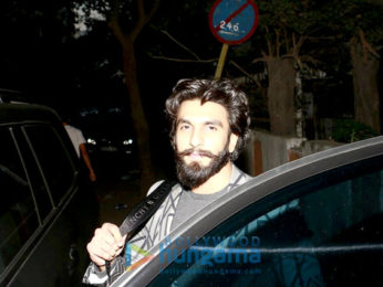 Ranveer Singh snapped post party with close friends in Bandra