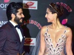 Sonam Kapoor-Hardhvardhan Kapoor's SUPER CUTE Bonding At Stardust Awards 2016 vide