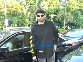 Aditya Roy Kapur and Shraddha Kapoor depart to promote Ok Jaanu in Chandigarh