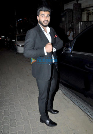 Arjun Kapoor, Shraddha Kapoor and Chetan Bhagat snapped post a meeting at Mohit Suri's office