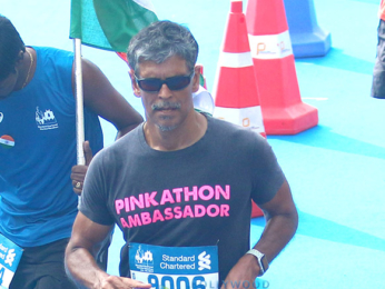 John Abraham, Sonali Bendre and others grace the Standard Chartered Mumbai Marathon 2017
