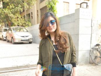 Kareena Kapoor Khan snapped post salon session in Bandra