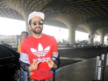 Parineeti Chopra, Shilpa Shetty and many more snapped at the airport