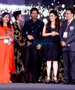 Shah Rukh Khan, Alia Bhatt & Esha Gupta grace Discon 2017 for Archana Kochhar